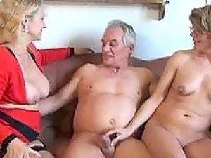 porno-seks-zrelih-vtroem